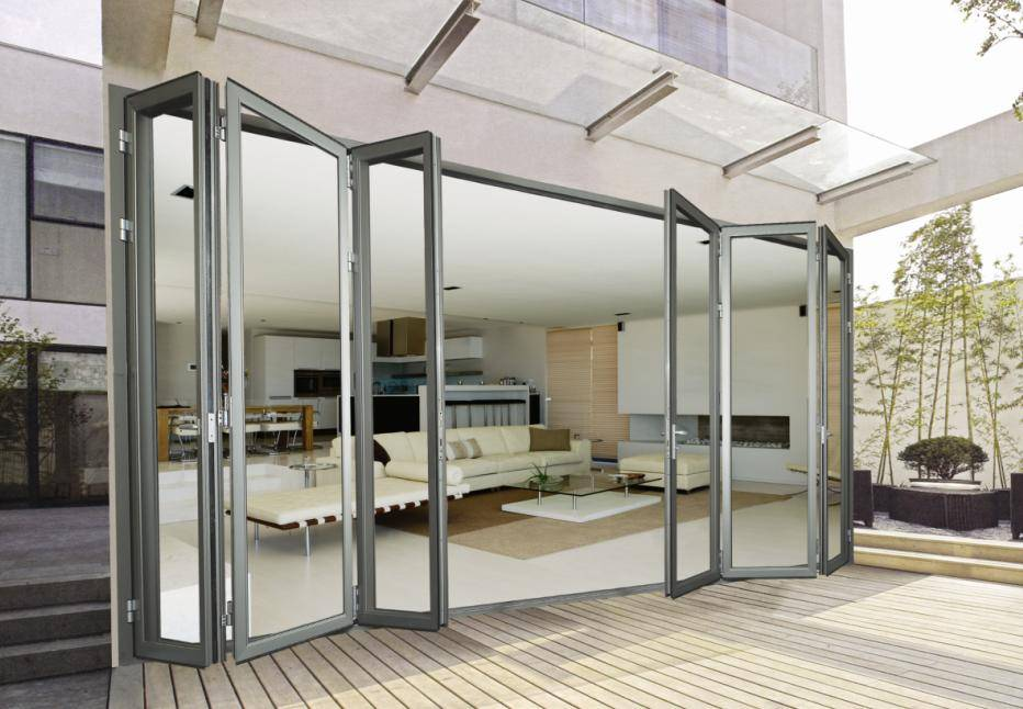 Frameless Folding Glass Doors 932 x 646