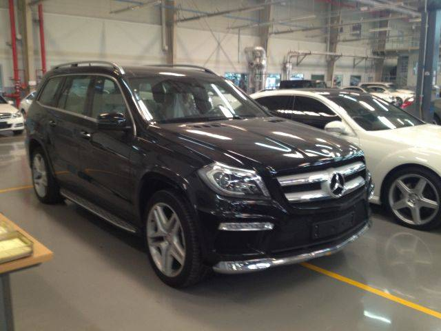 Mercedes benz gl500 4 7l petrol automatic 4matic auto for Plaza mercedes benz service