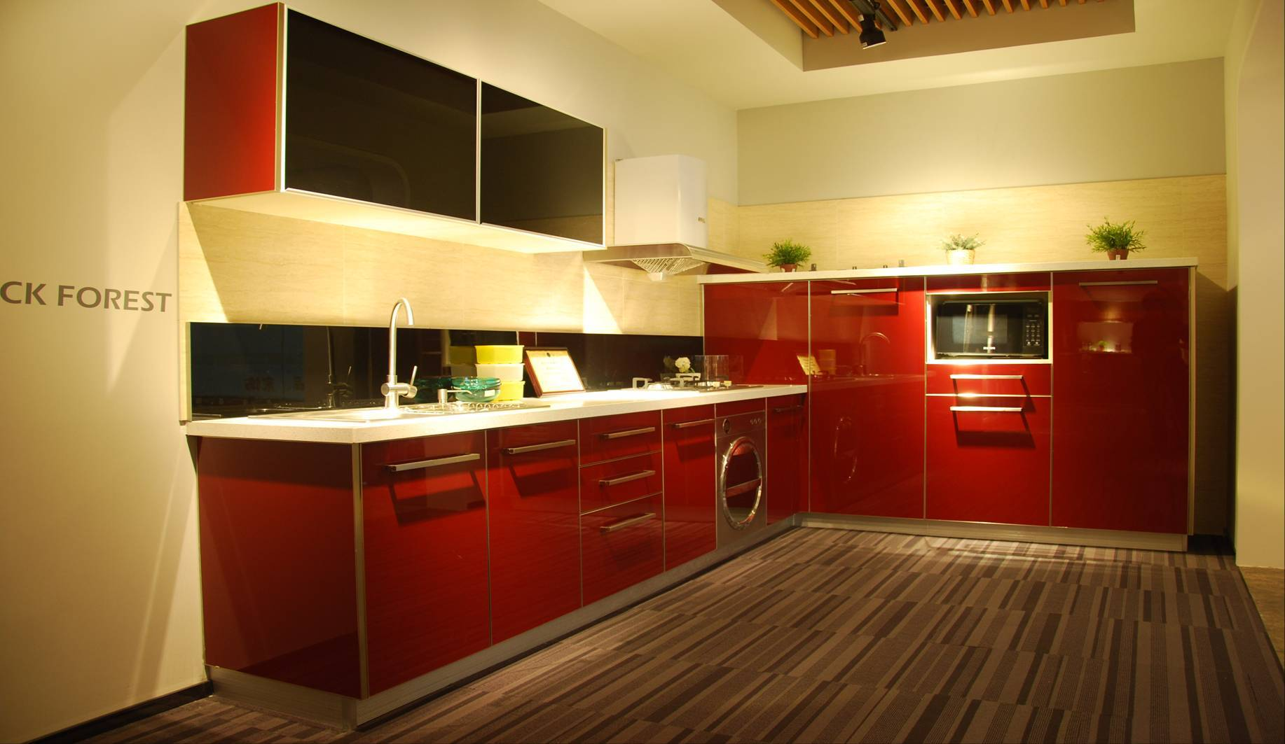 Modern red and black uv lacquer kitchen cabinet nanjing for Red and black kitchen cabinets