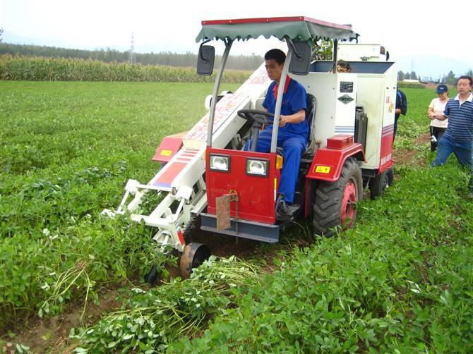 Peanut combine harvester - Qingdao Impetus International Trading Co, Ltd