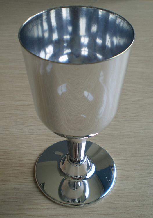 Disposable plastic silver goblet hantronic plastic mfg co ltd - Plastic medieval goblets ...